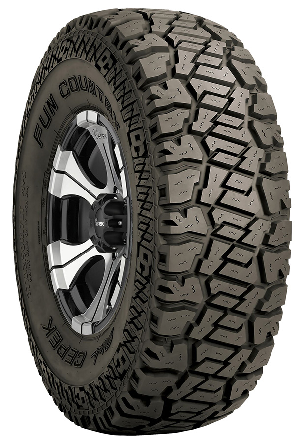 275//65R20 126Q Cooper Discoverer S//T MAXX Radial Tire