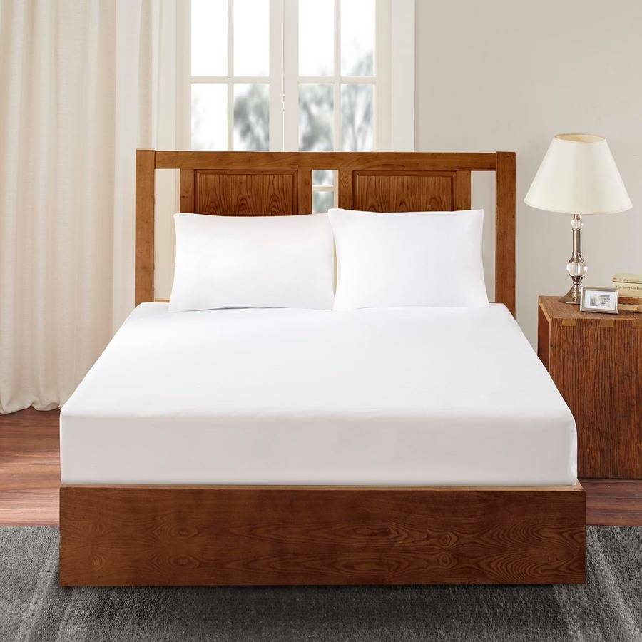 Comfort Classics 3M Scotchgard Mattress Protector by E&E Co.