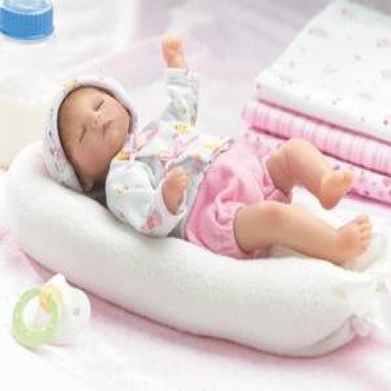 Lee Middleton 2234 Littlest Dreamer Doll