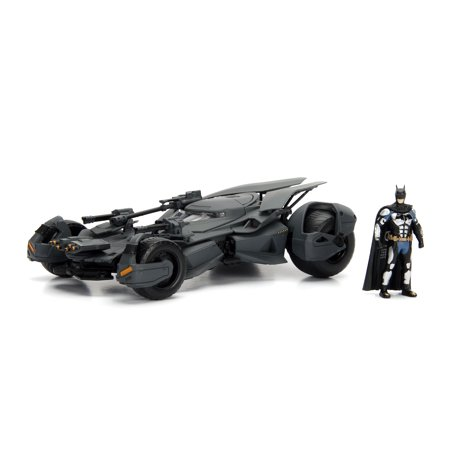 Metals 1:24 Hollywood Rides - 2017 Justice League Batmobile with Figure