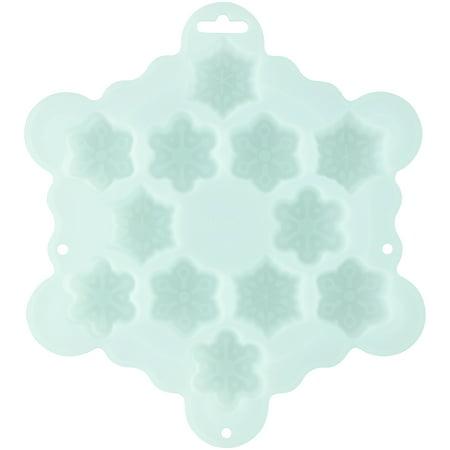 Wilton Silicone Bite-Size Snowflake Treat Mold, 12-Cavity