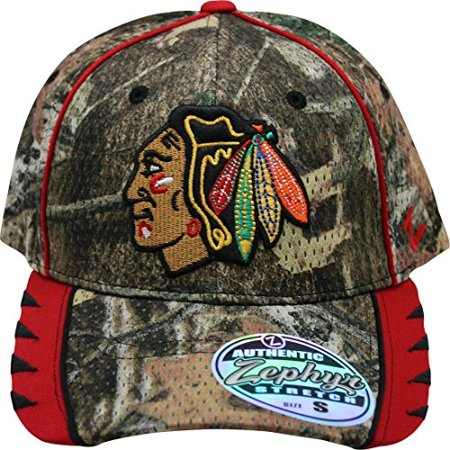 NHL Zephyr Chicago Blackhawks Men's Camo Small Fitted Hat Cap