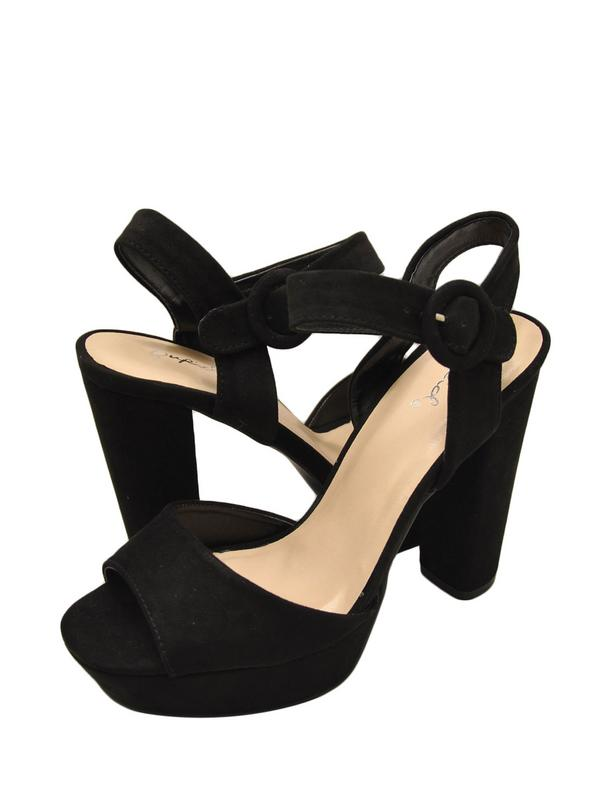 Qupid Iconic 01 Womens Shoes Faux Suede Open Toe Chunky Heel Black
