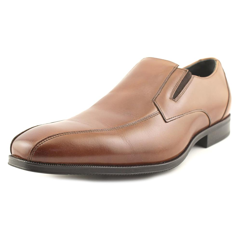 Stacy Adams Fairchild Round Toe Leather Loafer by Stacy Adams