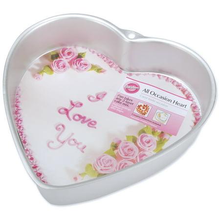 "Wilton Decorator Preferredᅡᆴ 9""x2"" Deep Cake Pan Set, Heart 2105-5176"