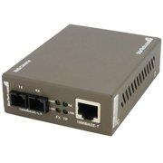 StarTech MCMGBSC15 StarTech.com 1000 Mbps Gigabit Single-Mode Fiber Ethernet Media Converter SC 15km - 1 x RJ-45