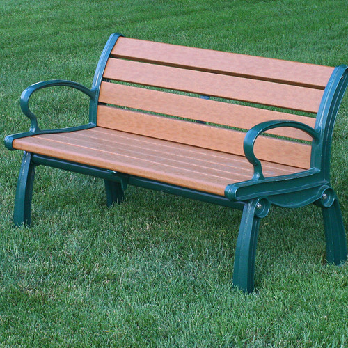 Frog Furnishings Heritage Recycled Plastic Park Bench by Frog Furnishings