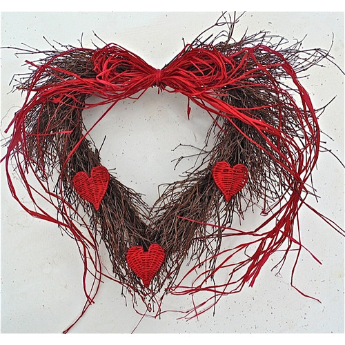 Dried Flowers and Wreaths LLC 20'' Wild Heart Wreath
