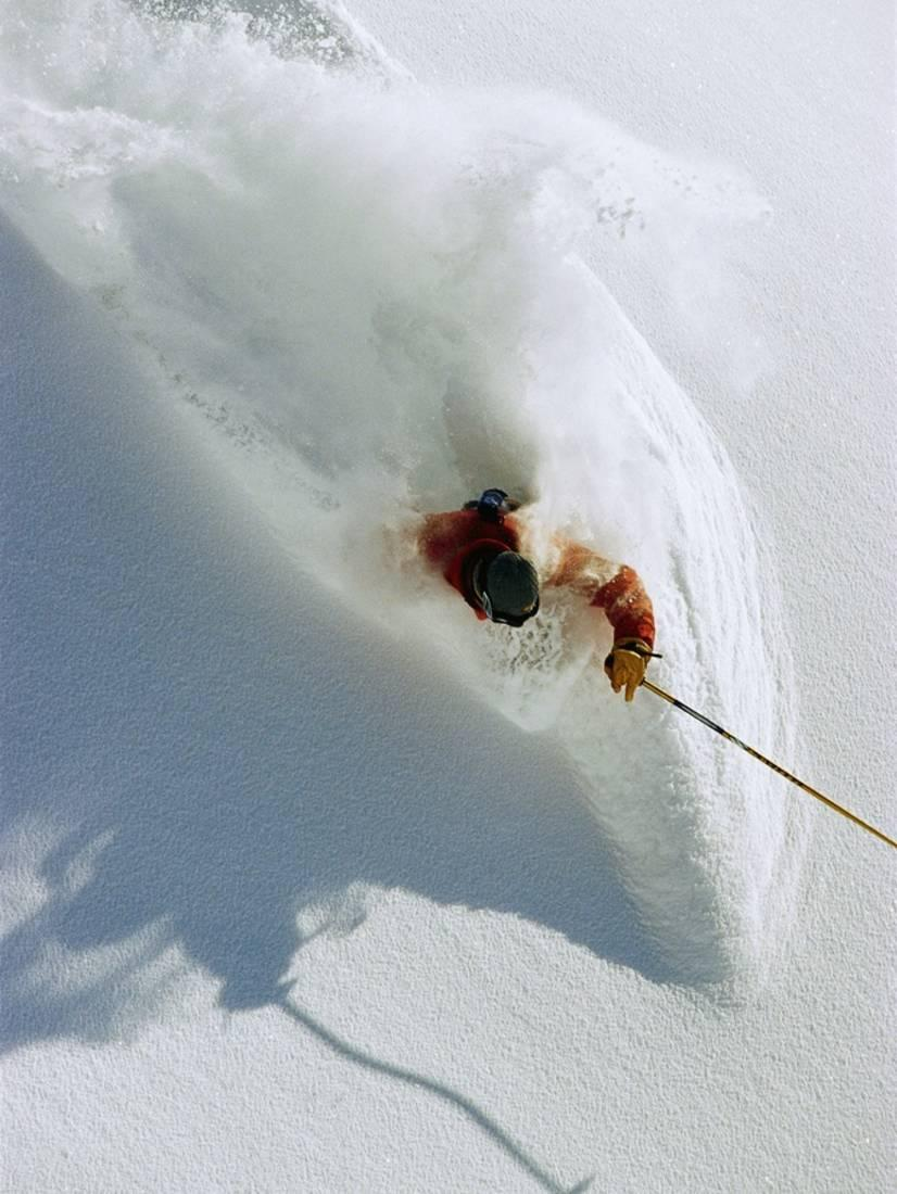 Dave Richards Skiing in Deep Powder Snow Print By Lee Cohen by Art.com