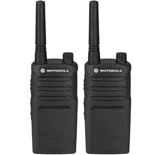 Motorola RMU2040 Two Way Radio 4 Channel 89 UHF Frequencies 20 Floor Indoor Range (2 Pack)