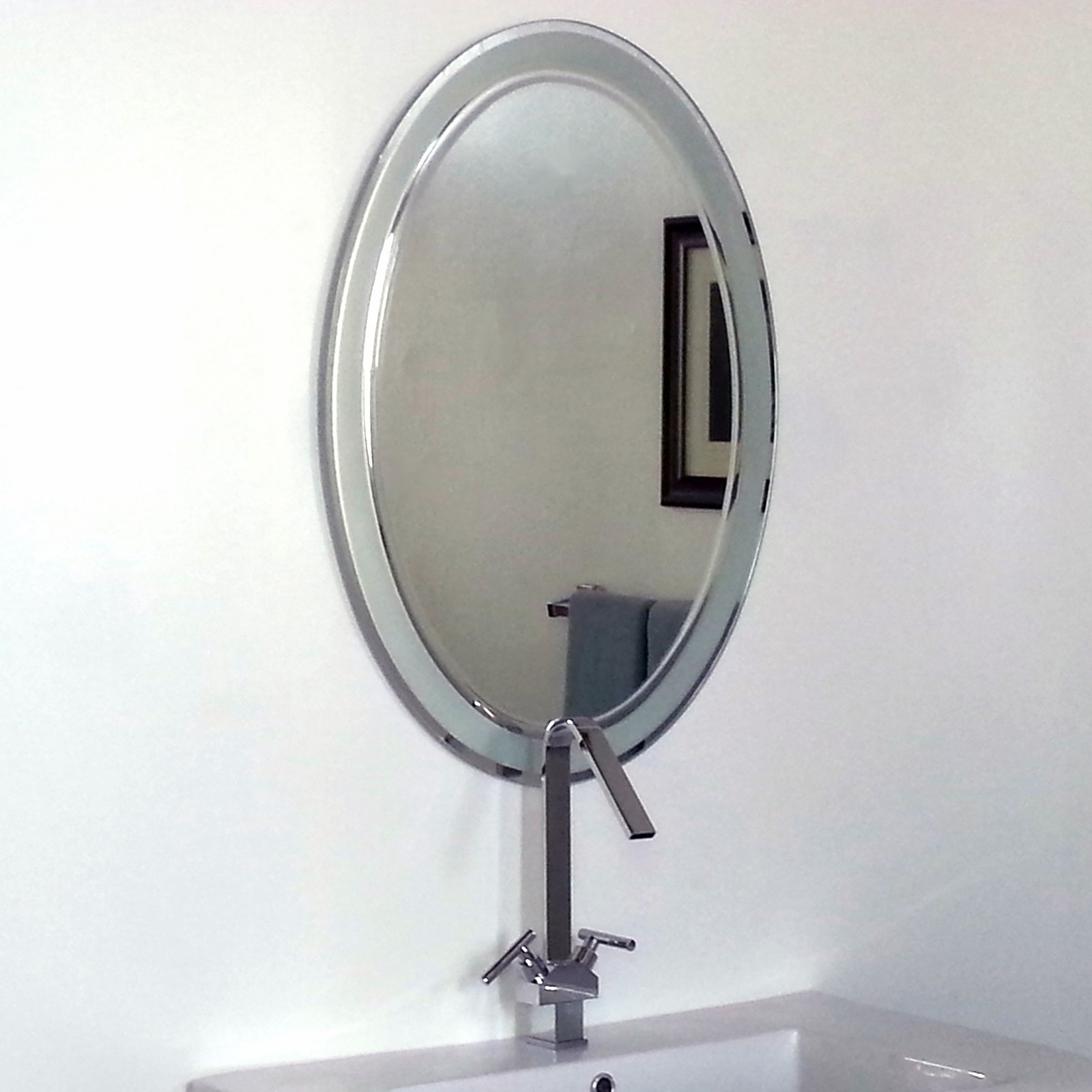 Décor Wonderland Alden Modern Bathroom Mirror by Decor Wonderland of US