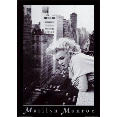 Marilyn Monroe Favorite Color - Marilyn Monroe - NYC balcony Movie Poster (11 x 17)