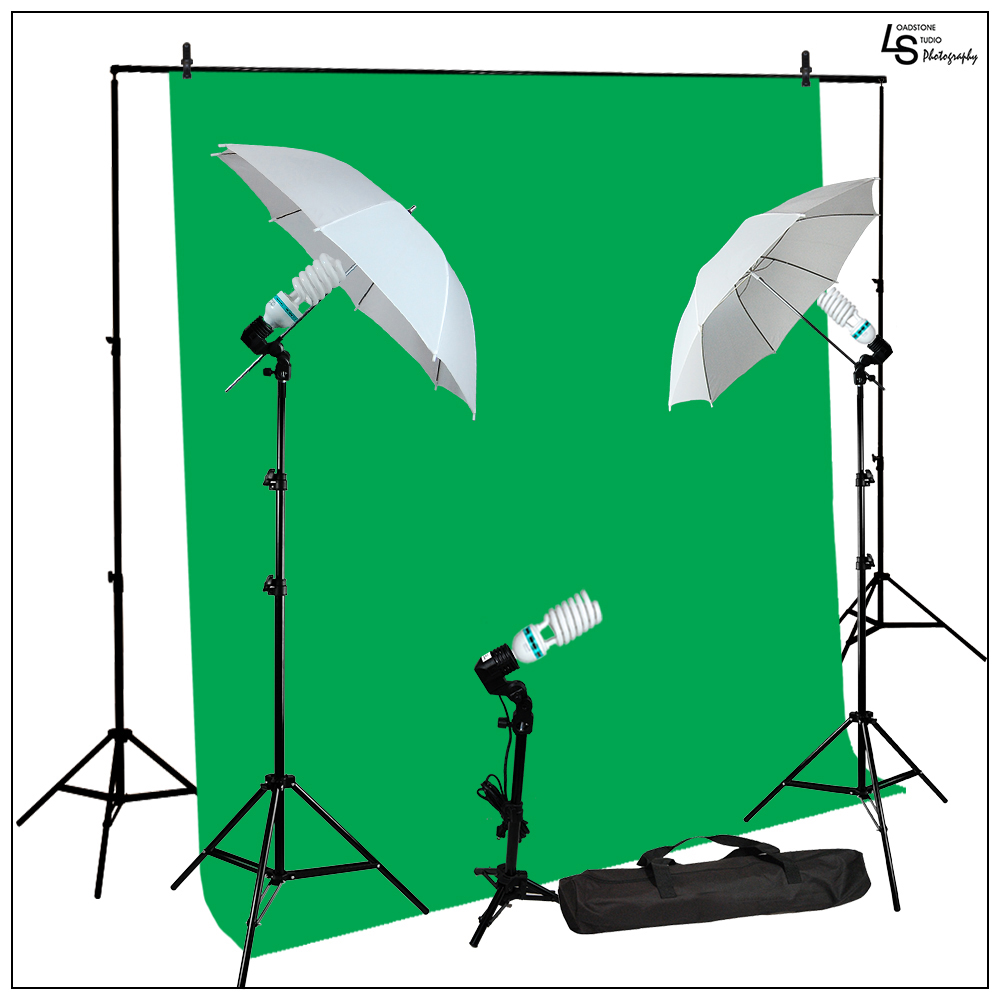10x20' Complete Green Screen Muslin Background Lighting Kit with 3x 45W CFL Bulbs and 2x White Umbrellas by Loadstone Studio WMLS0305