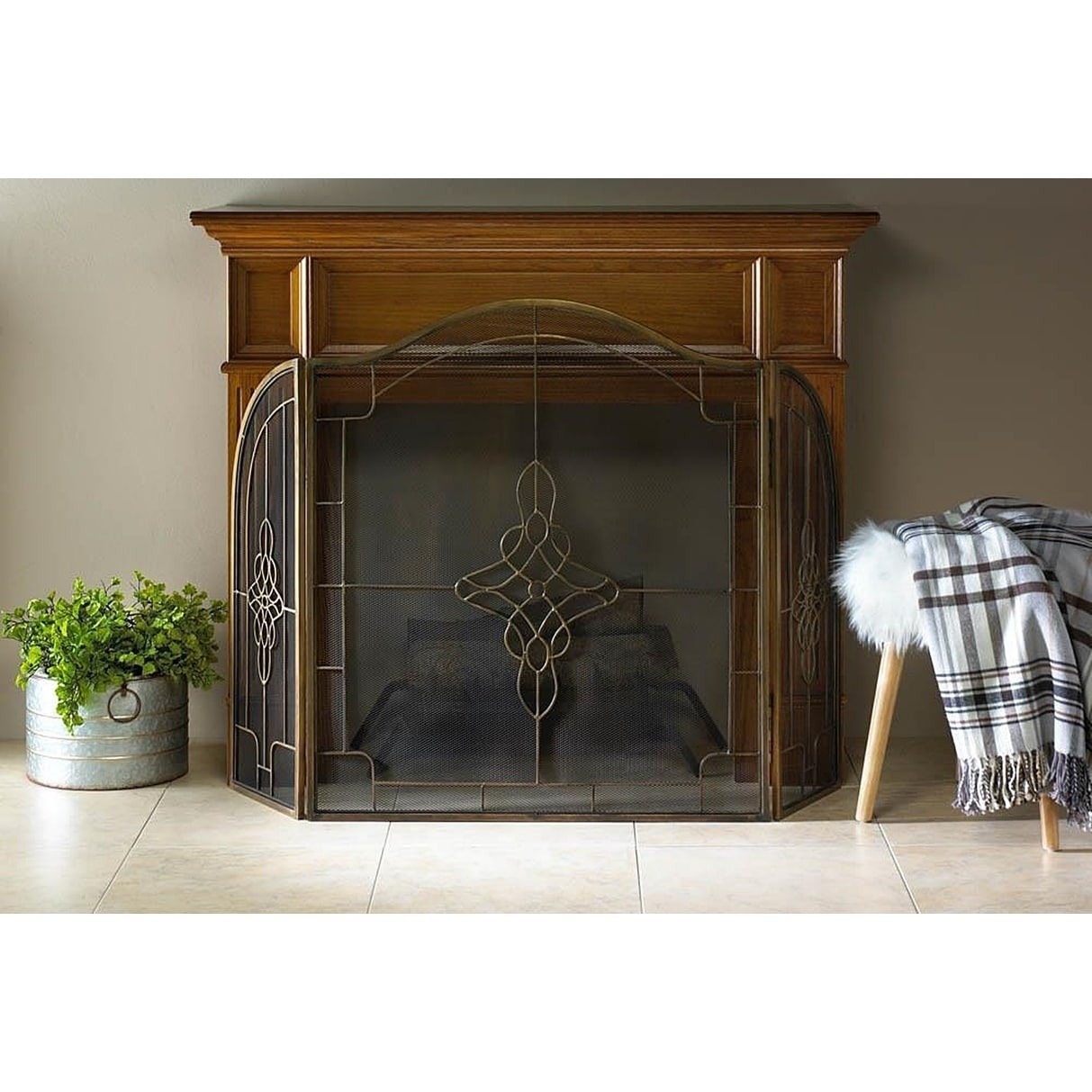 BSD National Supplies Livingston Elegant Fireplace Screen