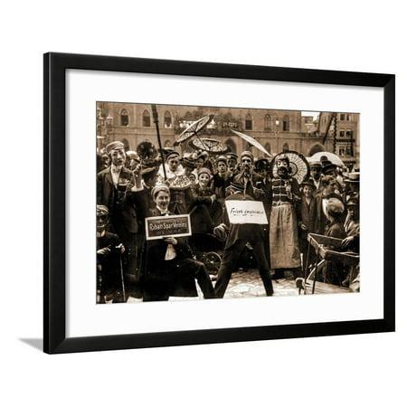 members of the Rabatt Spar Verein Framed Print Wall Art (Rabatt Verschreibungspflichtige Sonnenbrillen Online)