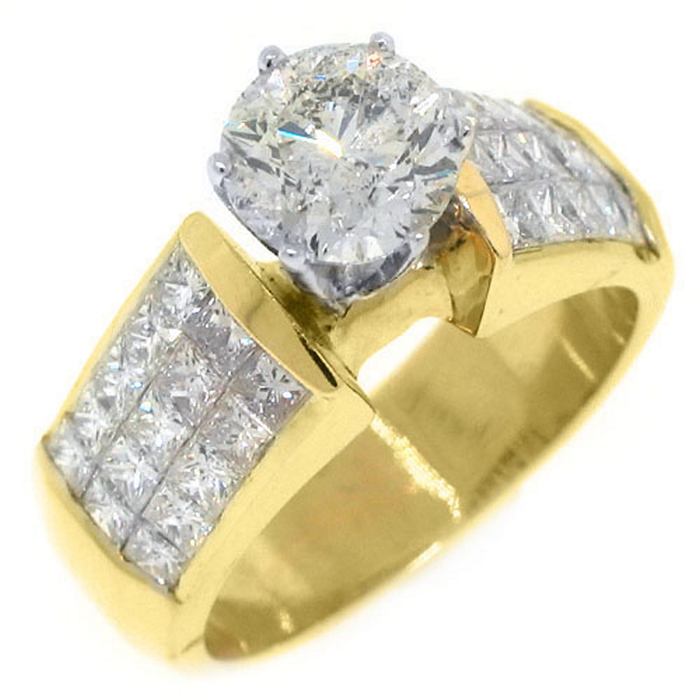 18k Yellow Gold Round & Invisible Princess Diamond Engagement Ring 3.34 Carats