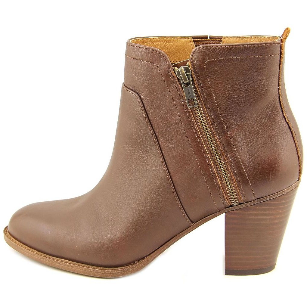 Sofft Womens West Almond Toe Ankle Fashion Boots by Sofft