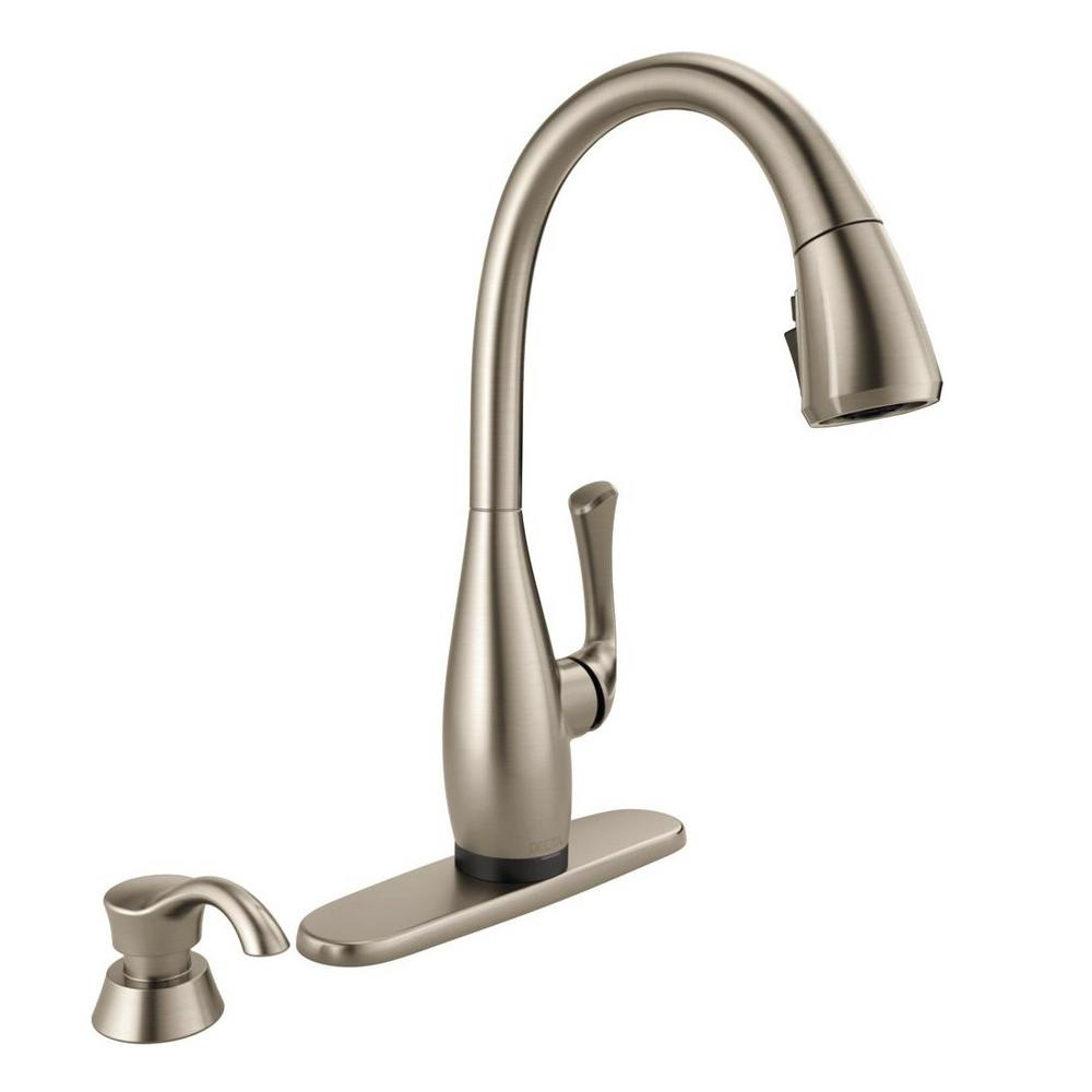 Delta Dominic Single Handle Pull Down Sprayer Kitchen Faucet With Touch2o Shieldspray Technology In Spotshield Stainless New Open Box Walmart Com Walmart Com