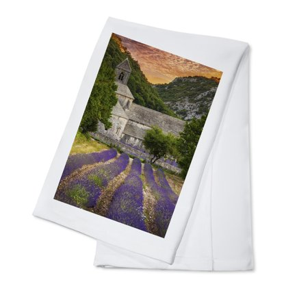 Painted Provence Kitchen - Provence, France - Lavender Fields - Lantern Press Photography (100% Cotton Kitchen Towel)