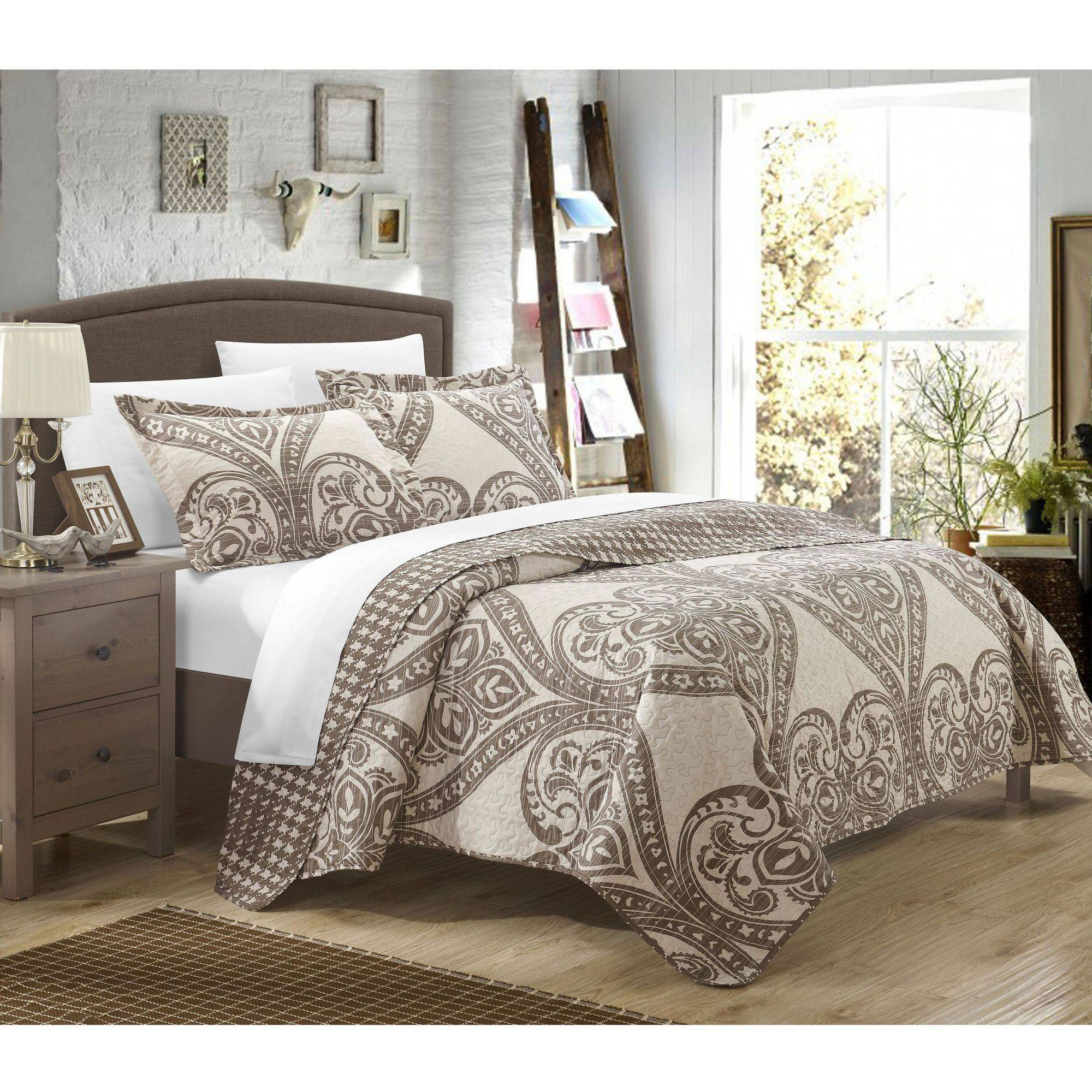 Chic Home 7-Piece Terni Reversible Printed Quilt Set