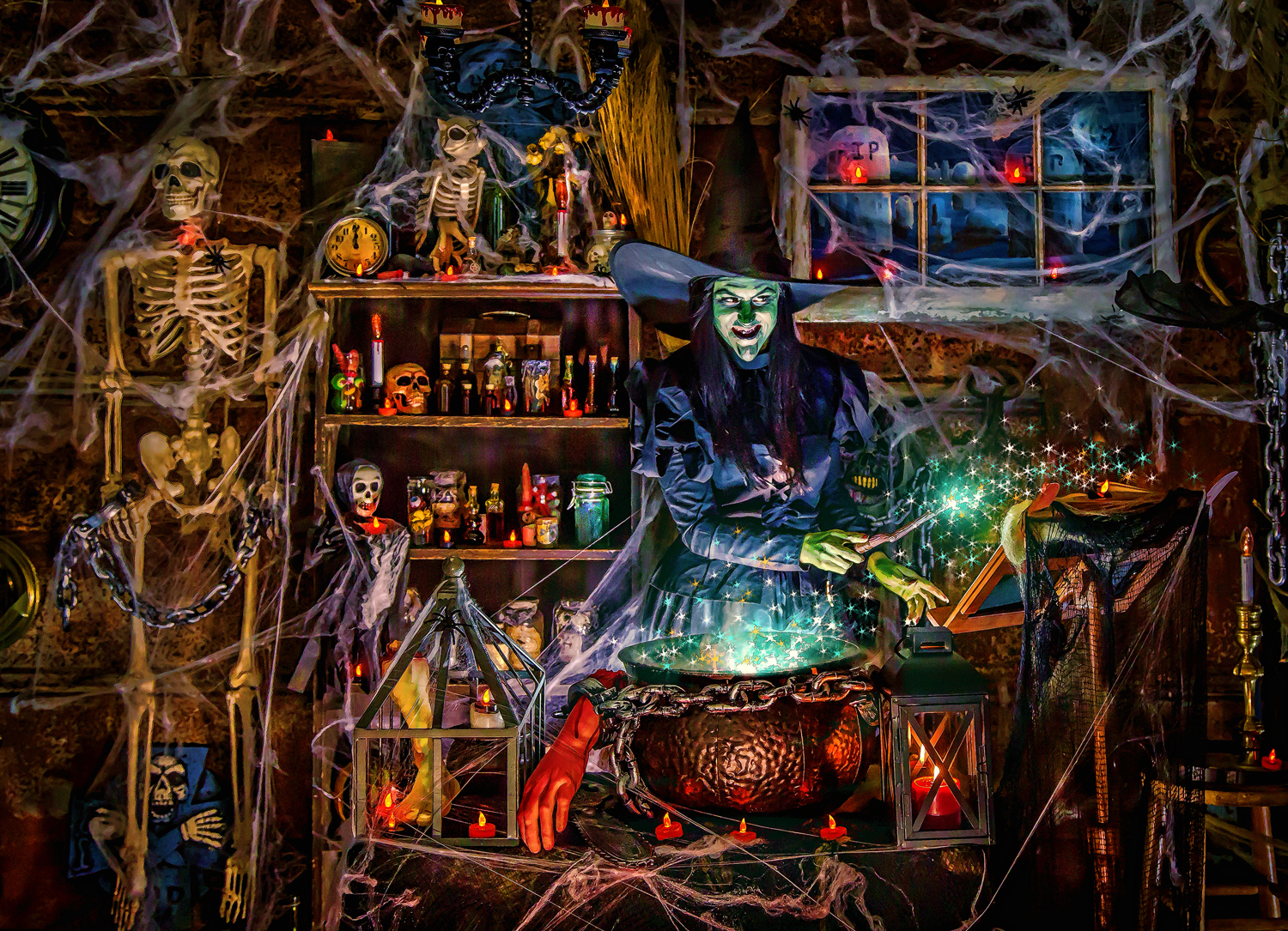 Vermont Christmas Company Witches Brew - 1000 Piece Jigsaw Puzzle