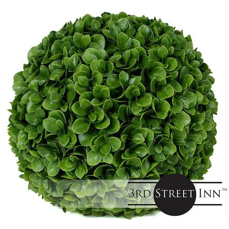 3rd street inn jasper topiary ball 15 artificial for Decore hotel jasper