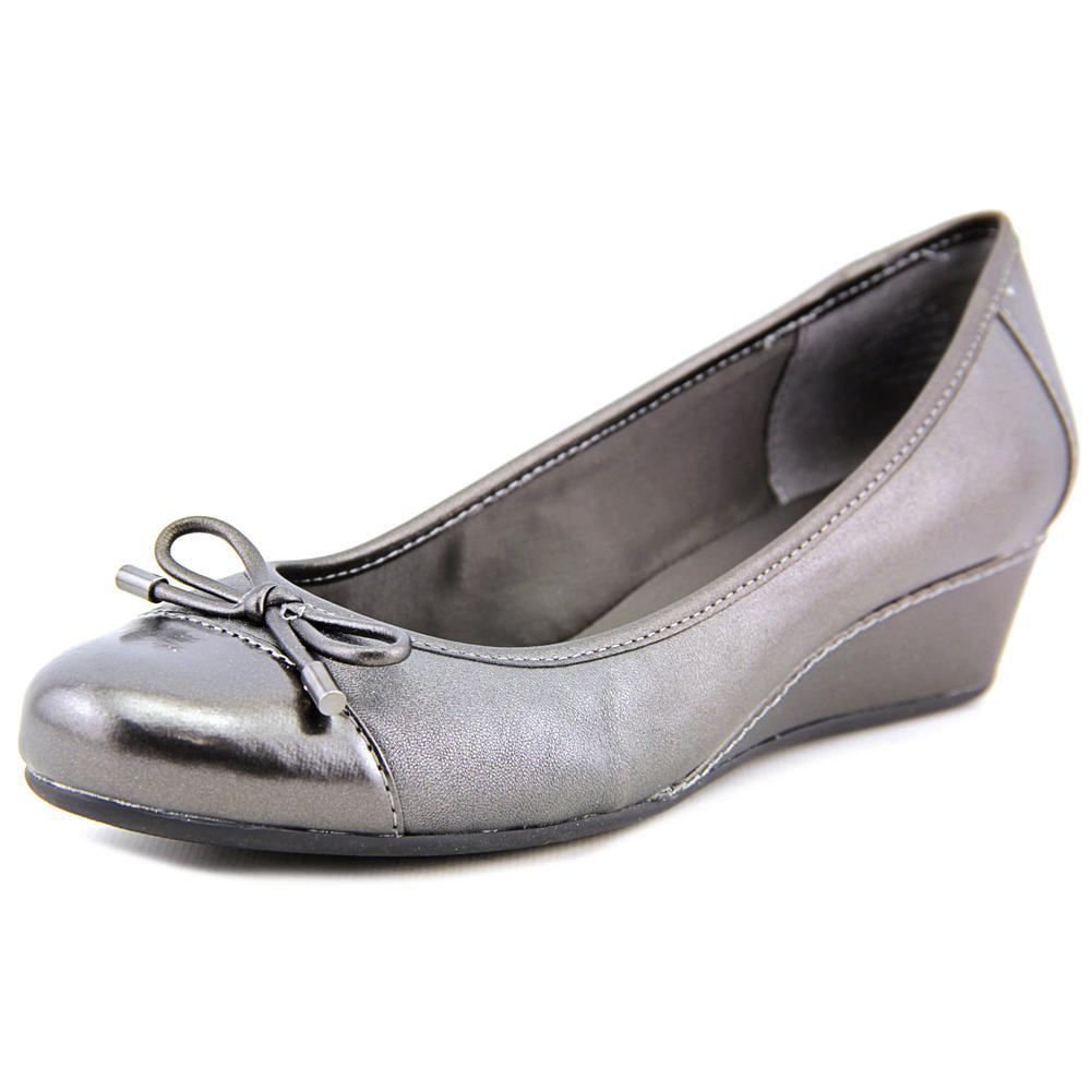 Easy Spirit Davalyn Women Open Toe Leather Silver Wedge Heel by Easy Spirit