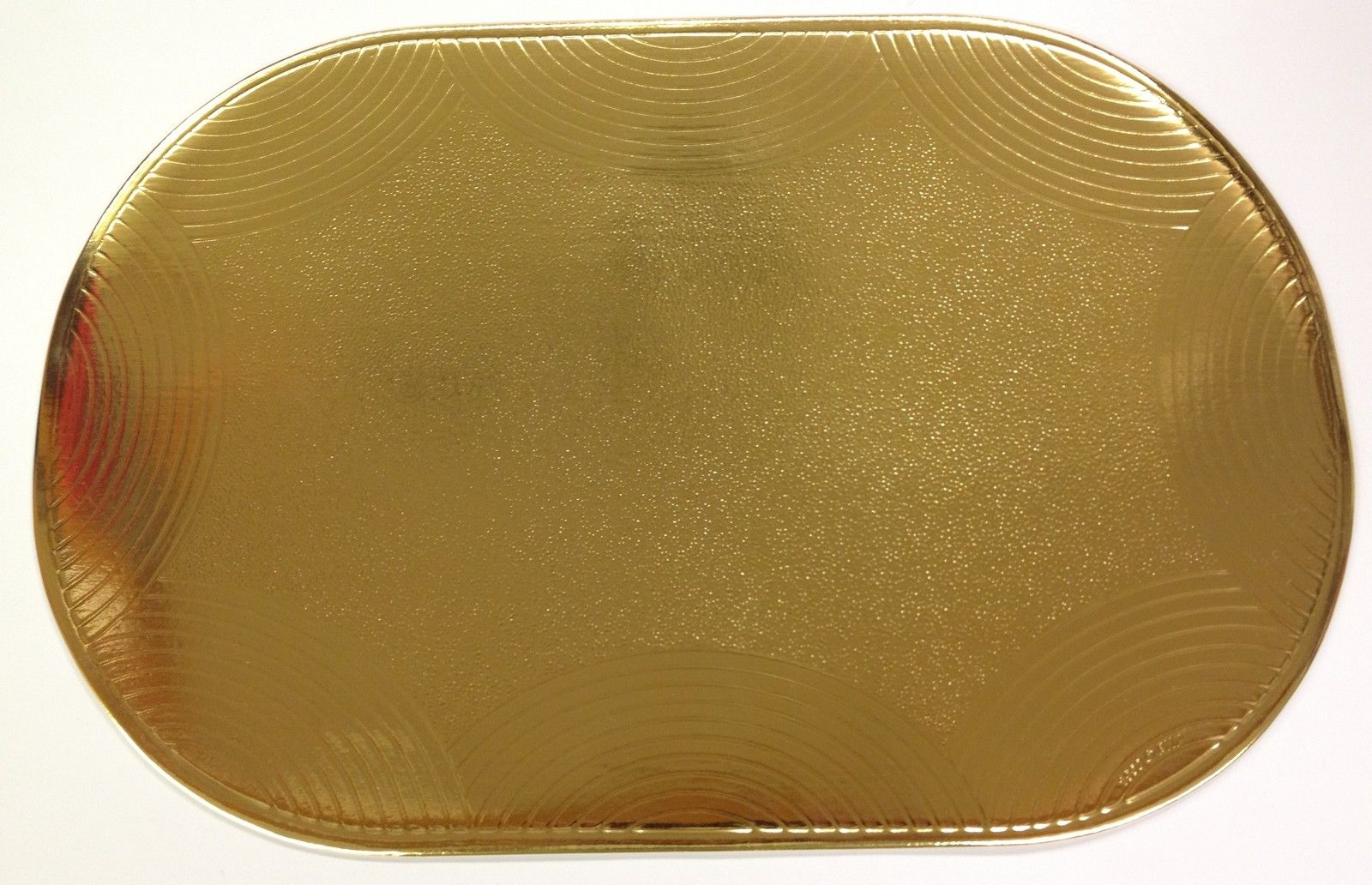 Set Of 6 Mylar Gold Placemats Metallic Look Oval Shape