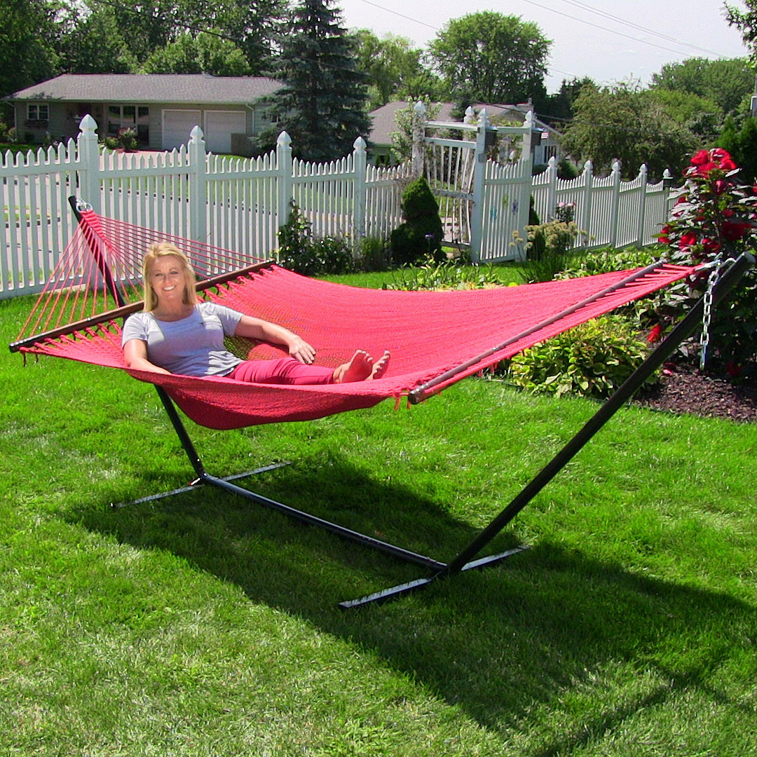 Sunnydaze Soft-Spun Polyester Rope Hammock with Heavy Duty 12-Foot Stand, Indoor/Outdoor, 2-Person, 350 Pound Capacity, Red
