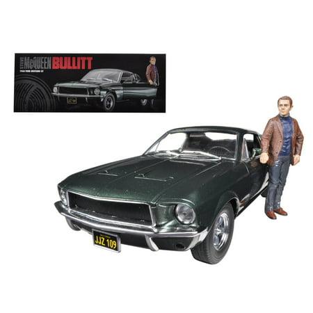 "1968 Ford Mustang GT Fastback Bullitt"" Highland Green with Steve Mcqueen Figure 1/18 Diecast Car Model by Greenlight"""