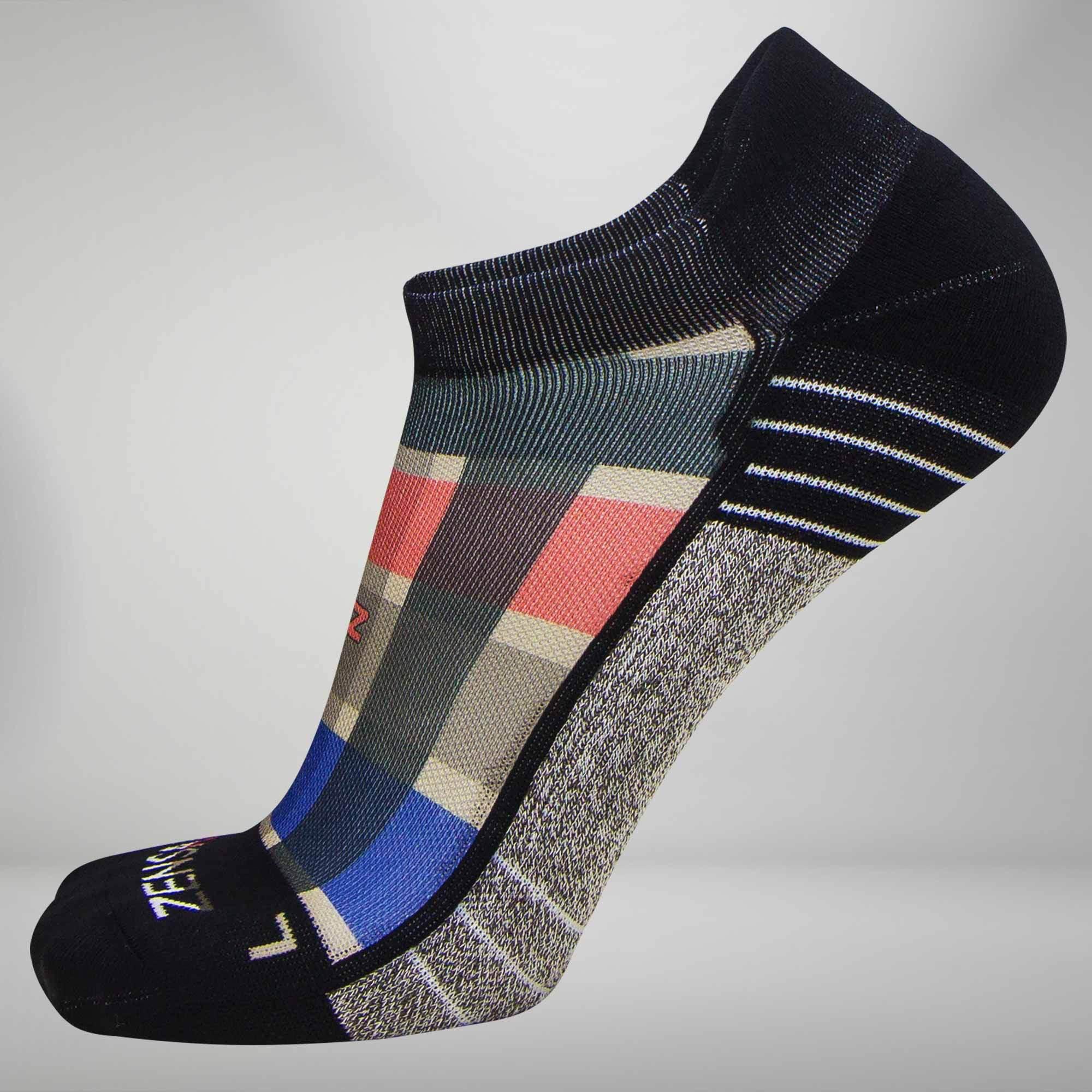 Plaid Socks (No Show) M / Grey-Tan-Red