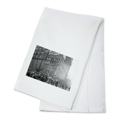 Million Dollar Corner on 34th and Broadway Photograph (100% Cotton Kitchen Towel)