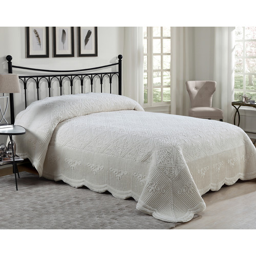 VCNY Westland Quilted Plush Bedspread