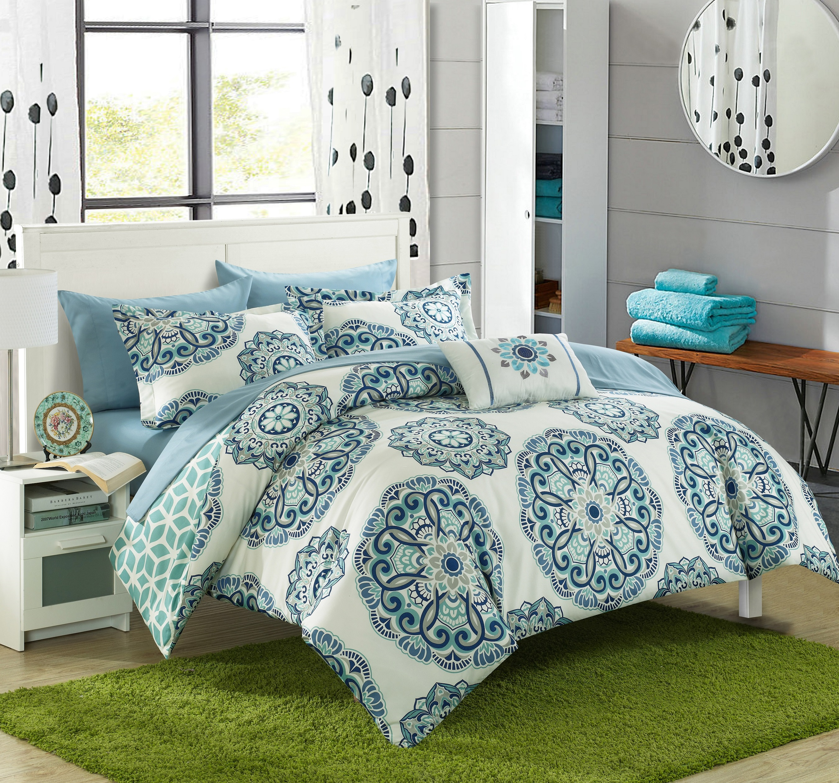 Chic Home Catalonia 6 Piece Reversible Bed in a Bag Comforter Set