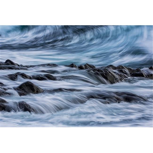 Posterazzi DPI12289297 Long Exposure of Waves Striking The Coastline & Flowing Over Rocks - Iceland Poster Print by Robert Postma, 19 x 12 - image 1 of 1