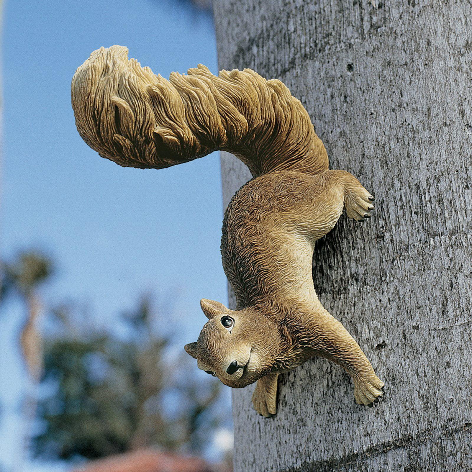 Design Toscano Simone the Squirrel Hanging Sculpture