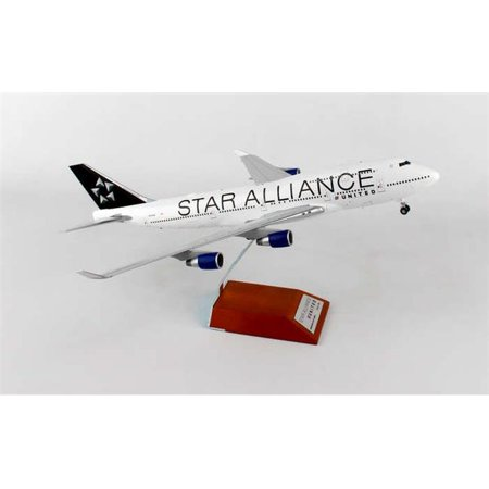 - JC Wings JC2UAL408 United 747 - 400 1 by 200 Star Alliance Reg N121UA with Stand