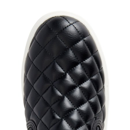 Time and Tru Quilted Twin Gore Slip On (Women's) (Wide Width Available)