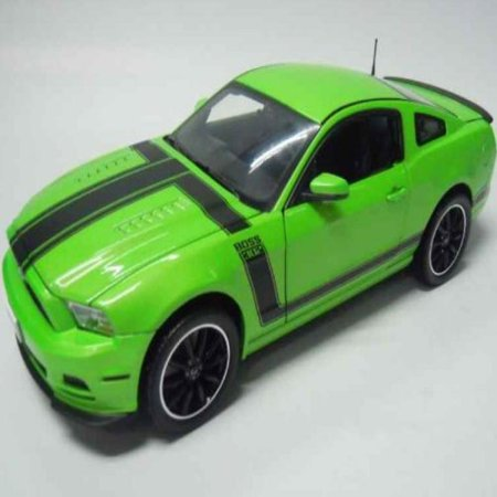 2013 Ford Mustang Boss 302 Green 1/18 by Shelby Collectibles SC453