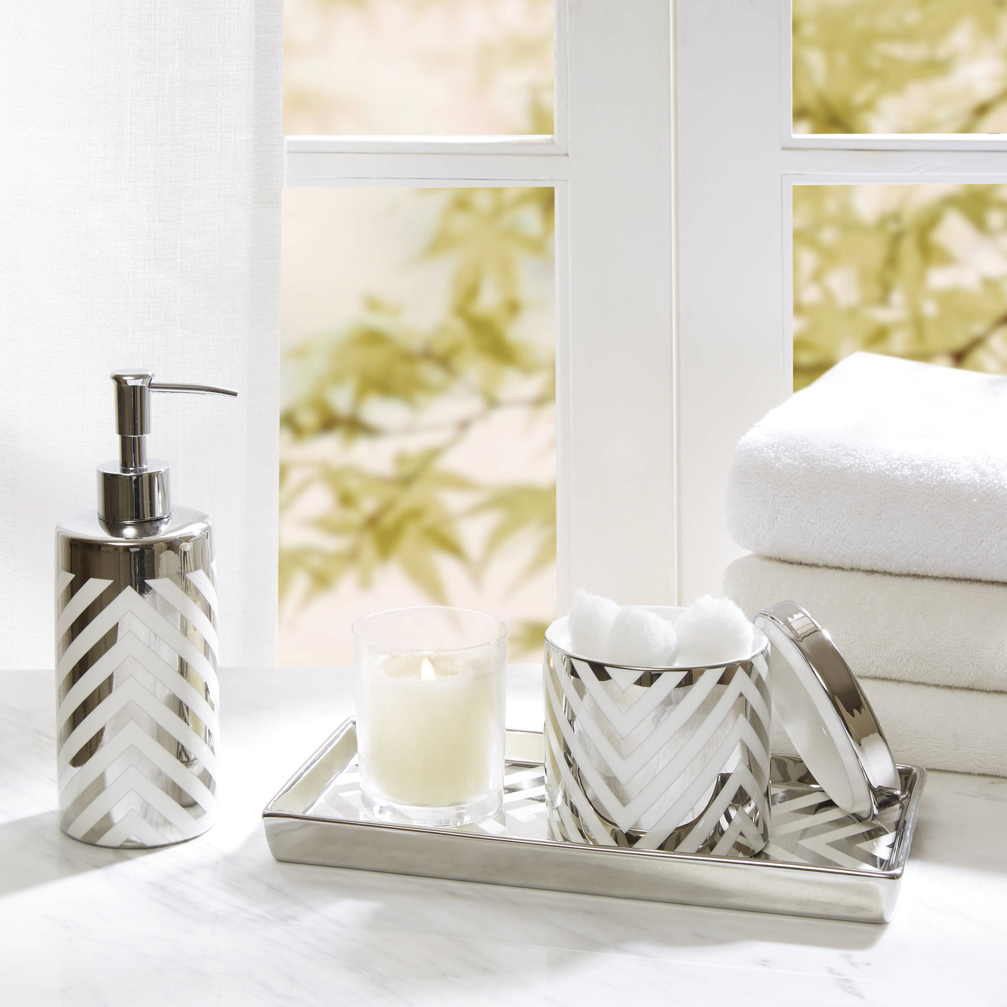 Home Essence Silver Chevron Ceramic Bath Accessory Set by E&E Co.