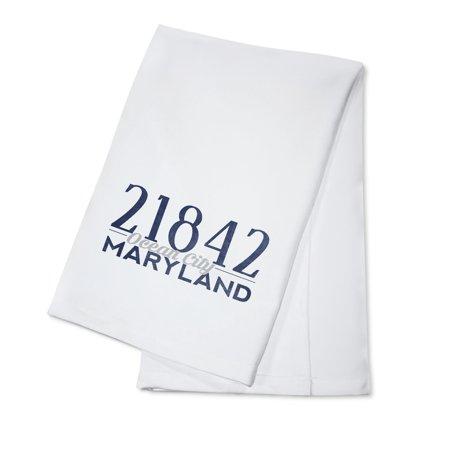 Ocean City, Maryland - 21842 Zip Code (Blue) - Lantern Press Artwork (100% Cotton Kitchen Towel)