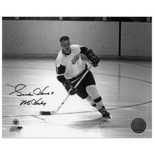 """Gordie Howe Detroit Red Wings Autographed 8"""" x 10"""" Action Black Ink Photograph with Mr. Hockey Inscription - Fanatics Authentic Certified"""