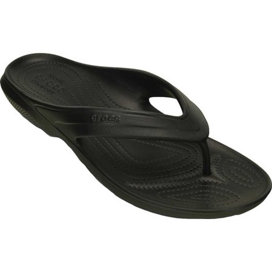 824b3c752d80 You are a person of confidence who knows exactly where they are heading  each and every day. Crocs Men s Classic Flip Black Ankle-High Rubber Sandal  - 6M
