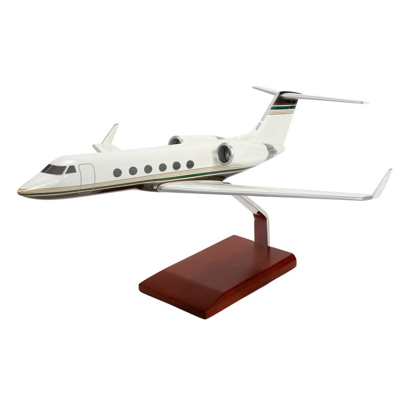 Daron Worldwide Gulfstream IV Model Airplane by Toys and Models Corp