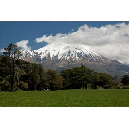 Posterazzi PDDAU02BJA0035 View of Volcanic Mountain Mt Taranaki North Island New Zealand Poster Print by Jaynes Gallery - image 1 de 1