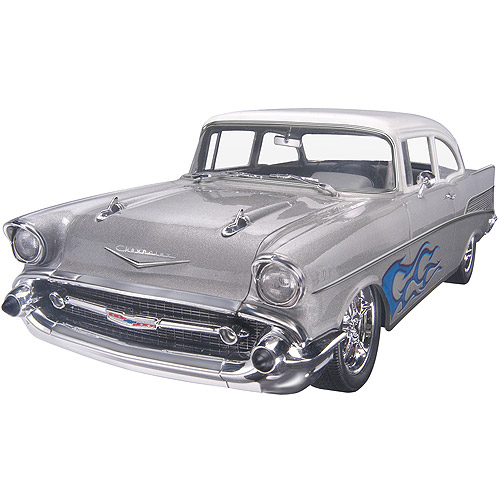 Revell '57 Chevy Bel Air Two Door 2 In 1 Plastic Model Kit, 1:25