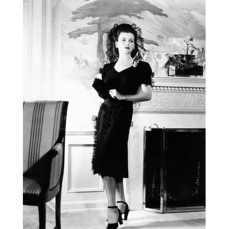 Joan Bennett In Costume Designed By Muriel King Canvas Art -  (16 x 20)