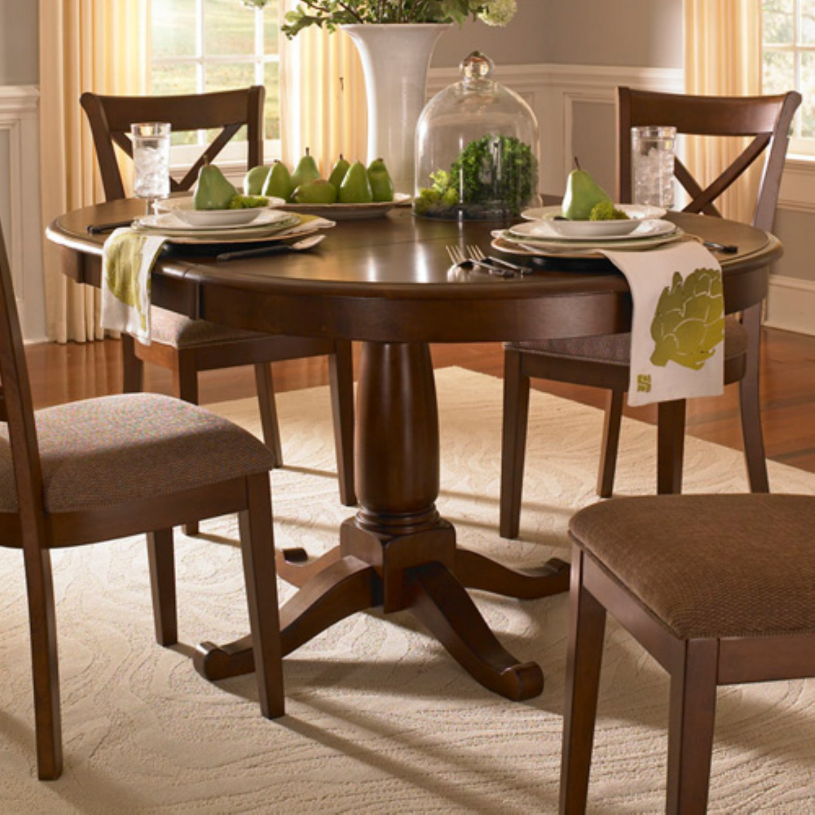 A-America Desoto Oval Dining Table