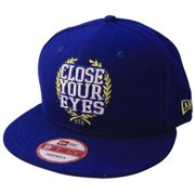 Close Your Eyes Men's  Blue And Gold Baseball Cap Blue