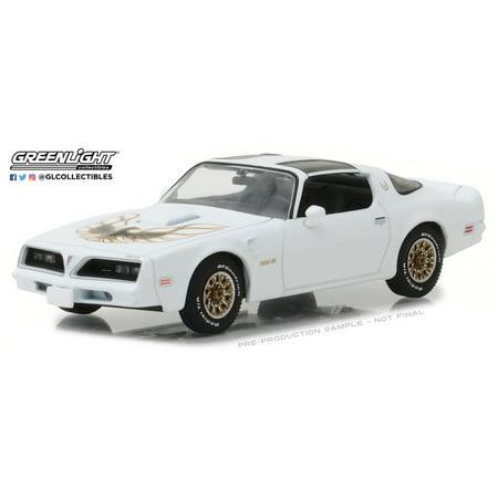 Greenlight 86331 1:43 1977 Pontiac Firebird Trans Am - Cameo White
